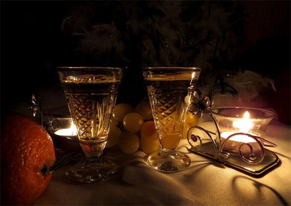 صور شموع غرف نوم رومانسية للأزواج Candles Images For Husband And