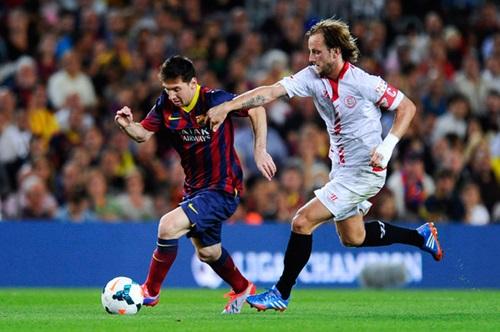 أجمل صور أهداف الأسطورة ليو ميسي مع برشلونة 2017 Messi Top Goals