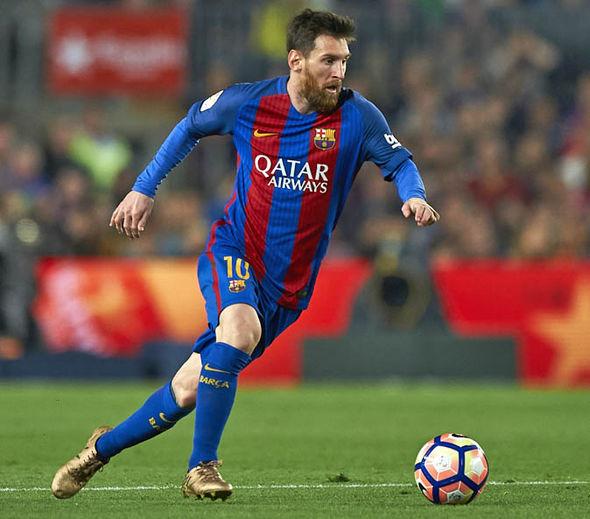 بالصور أحدث مهارات وحركات ميسي الشهير Latest Photos Of Famous Player Messi