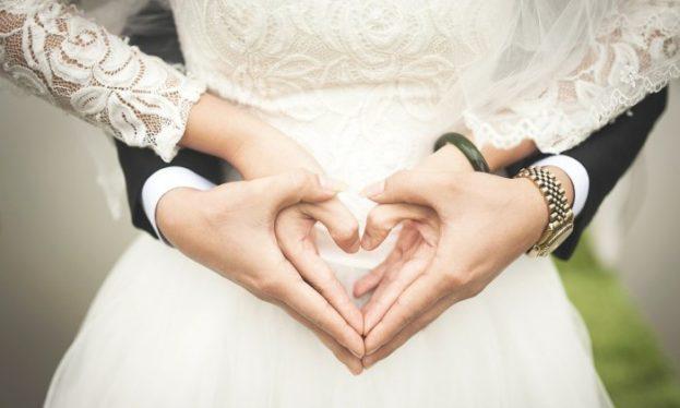 أروع الصور الرومانسية بين الزوجين جديدة -عالم الصور