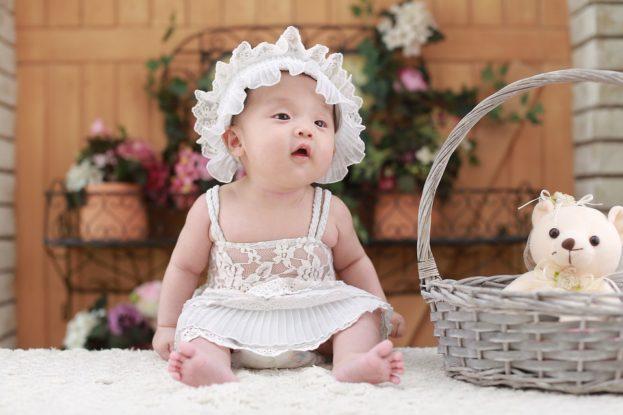 خلفيات صور اطفال بيبيهات بنات جميلة-عالم الصور