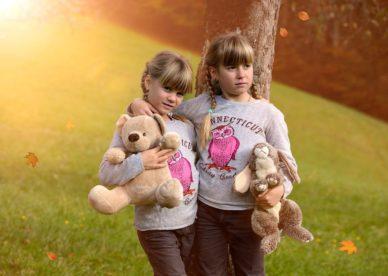 صور اطفال حلوين بنات خلفيات متنوعة جديده وجميلة جداً-عالم الصور