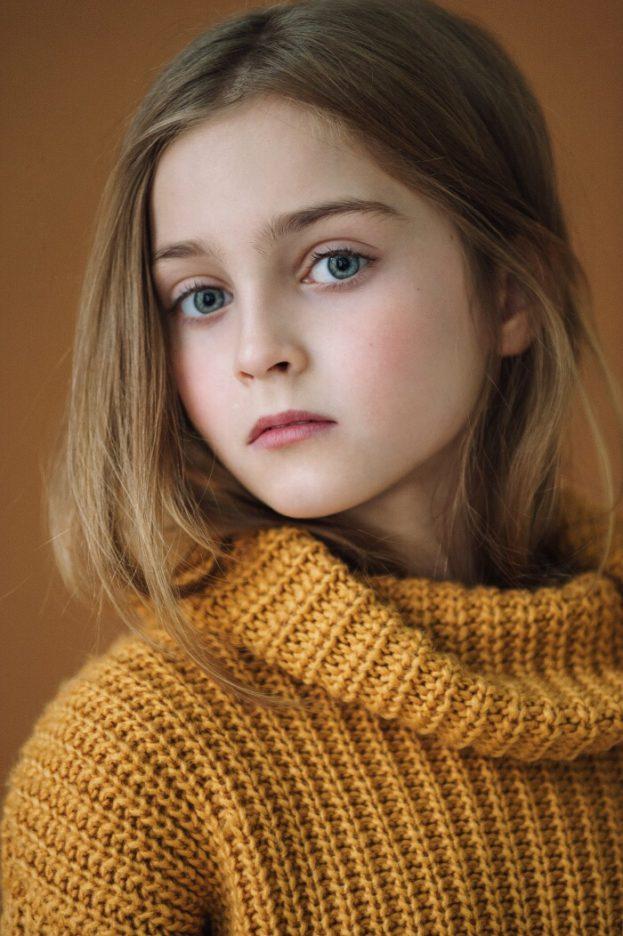 خلفيات صور اطفال بنات كبار جميلة وجديدة عالم الصور