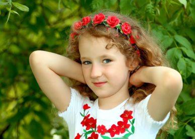 خلفيات بنات اطفال جميلة واحلى صور بنات كيوت-عالم الصور