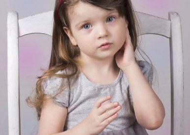 صور خلفيات بنات أطفال للتحميل عالية الدقة-عالم الصور