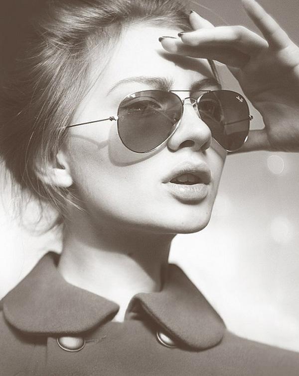 صور بنات جميلة بنظارة - عالم الصور