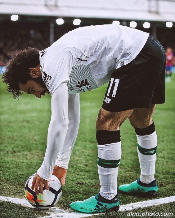 صور نجم فريق ليفربول الانجليزي محمد صلاح - عالم الصور